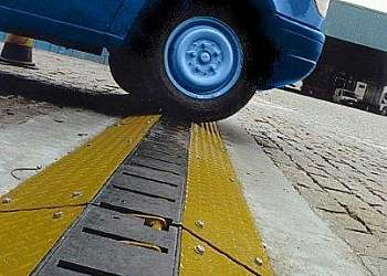 Dilacerador de pneus portátil
