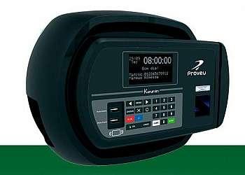 Relógio de ponto biométrico compacto